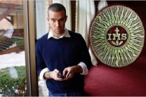 Jesuit Jon Favreau: Obama's Speechwriter Backing Alien Catholic Mexican Invasion