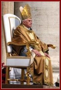 Pope-Benedict-XVI-in-Gold-on-throne-2006