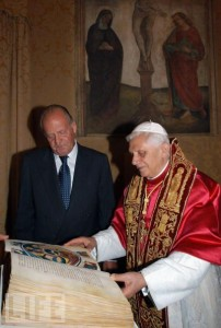 King Juan Carlos with Pope Benedict XVI, Vatican CIty, Rome, 2010
